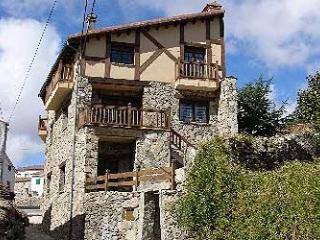 Casa de 3 dormitorios en  Navarredonda de Gredos