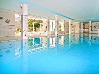 Ferienhaus Südstrand Schwimmbad Sauna 2Räder  WLAN