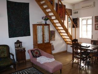 Casa do Bairro Grandela, Lisbon