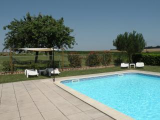 Escape to Charente - Family friendly gite France.