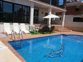 Casa Tere 5 Hab.5 B..800 m playa.Piscina part.