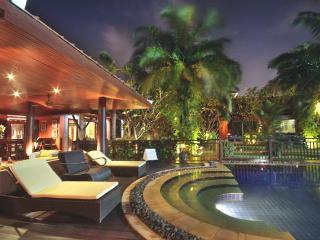 Villa Adikan