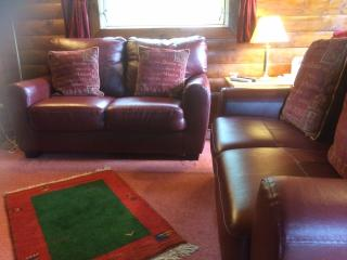 Summer Lodge Lounge
