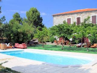 Farmhouse South France 753, Rasigueres