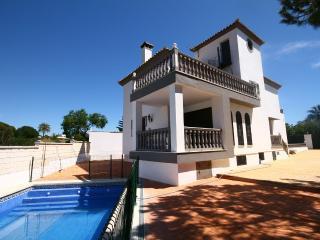 1357 - 4 bed villa, Ricmar, Marbella
