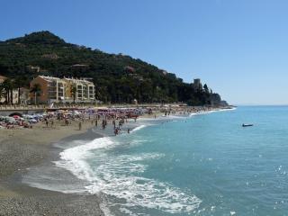 Spazioso e a 50 metri dal mare, Finale Ligure