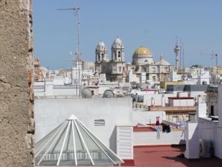 APARTMENT FIRST FLOOR, Cádiz