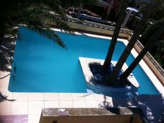 Almerimar Guardias viejas. Villa individual con piscina