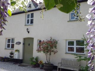 Vale View Cottages: Coach House 4 Star Visit Wales
