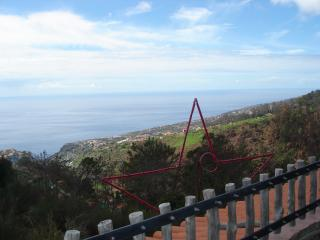 Paradise Cottage With air-cond & or Heat,  Fantastic ocean  views!..., Arco da Calheta