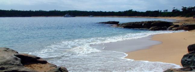 Jibbon beach - two minute walk
