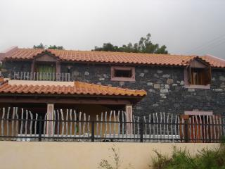 Paradise Cottage With air-cond & or Heat,  Fantastic ocean  views!...