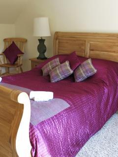 Kingsize double bedroom 1