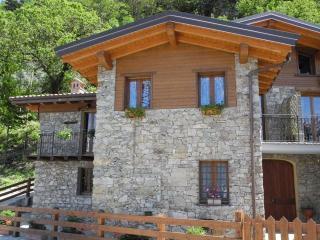Casa Oliva, Bellano