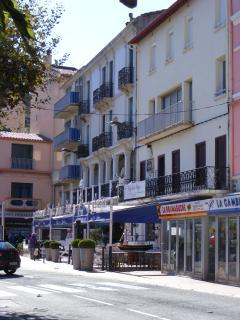 The Corniche with the Shops & Cafés