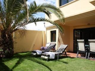 Apartamento con jardin privado, Tarifa