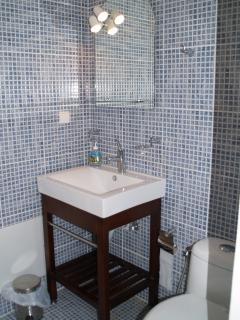 Villa Orocco Shower Room Sink