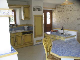 Fully fitted kitchen with oven,ceramic hob,dishwasher & microwave - leads onto the terrace and pool