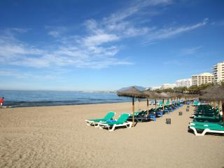 1435 - 1 bed apartment, 50 metres from the beach in Marbella town centre