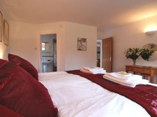 Superking en-suite bedroom