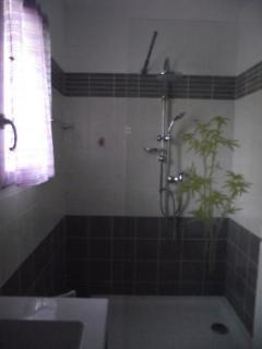 salla d'eau douche à l'italienne