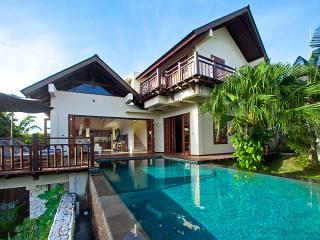 Private beach? Yes! 3-bdr Villa Cantik. Beach club access, butler, car & driver.