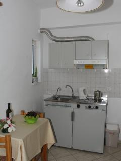 Kitchenette in 1-bedroom apartment