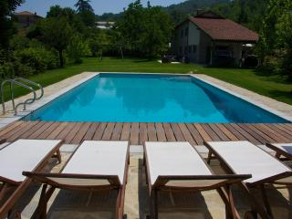 Italian villa, private pool - cycling, hiking, wine tours, slow-food, spa & yoga