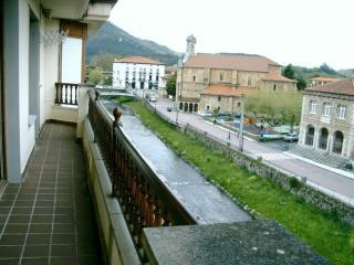 Apartamento de 90 m2 de 3 habitaciones en Ampuero