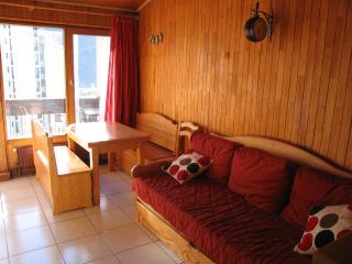 Lounge leading onto balcony