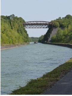 le canal à havrincourt;
