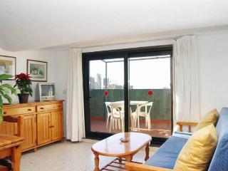 1 bed apt - 500m Levante Beach, Benidorm