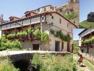 Casa rural ANGULO  alq.integro 8 p