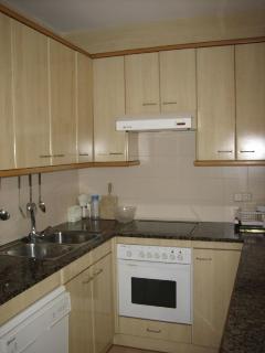 Cocina/horno/lavavajillas.