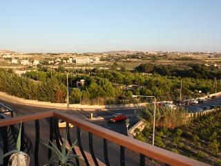 Open north facing country views of Malta and overlooking park