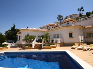 1449 - 3 bed villa, private pool and garden, Riviera del Sol, Mijas Costa