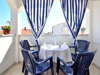 Lavander Dream 3bedrooms Condo, Supetar