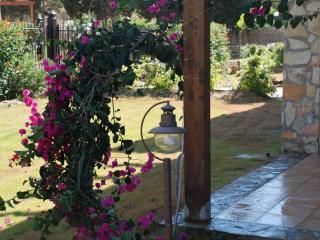 trilocale confortevole con giardino privato
