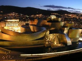 Apartamento frente Guggenheim, Bilbao