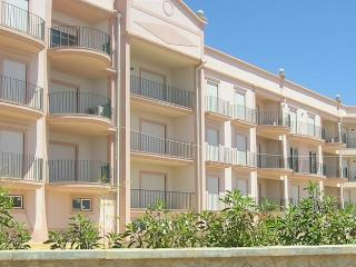 Apartment Amelia - St James, Luz