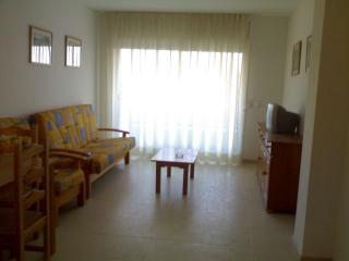 3 Apartamentos con Piscina con licencia turística), Cambrils
