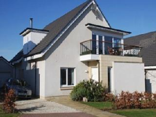 Seabank Villa - Turnberry - 4 Bedroom detached villa with balcony and sea views