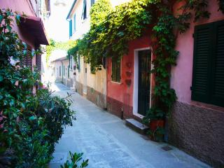 Charming 2 bedroom house in Capoliveri on Elba Island