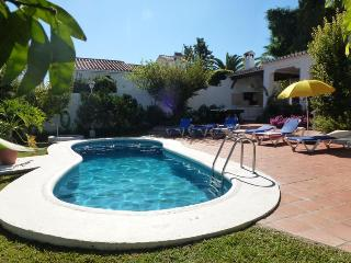 Villa Angeles: 3bedrooms, private pool, A/C, wifi