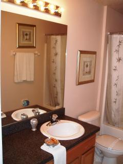 Three bathroom villa - Two en suite and one family size bathroom