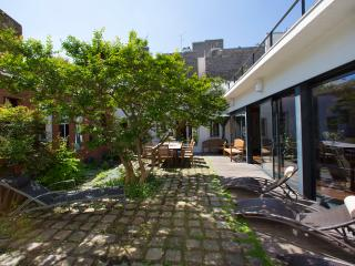 Montmartre - House with Garden
