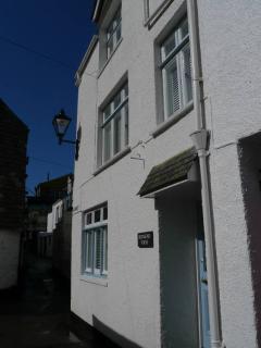 Bridgend House is located next to Polperro harbour