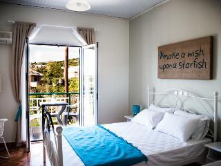 SeaViewStudios SupStudio double bed