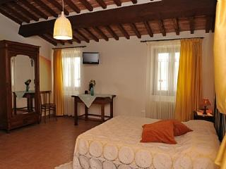 Molino Catorcio Villa Sleeps 2 with Pool and WiFi - 5229058