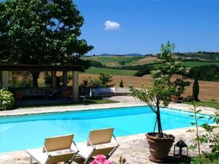 6 bedroom Villa in Dunarobba, Campagna Umbra, Umbria, Italy : ref 2230484